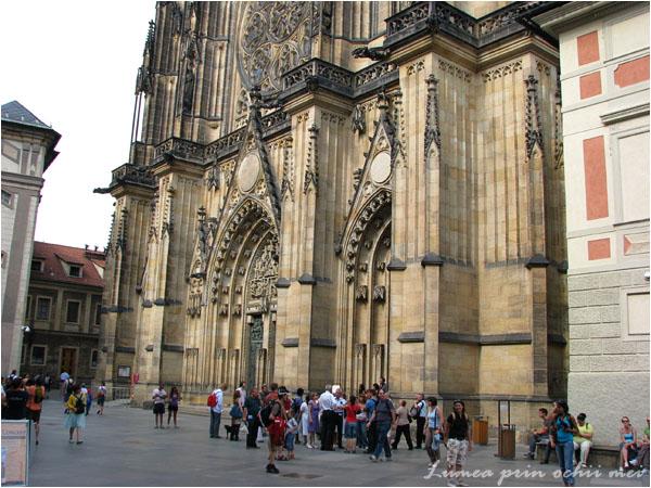 Intrarea in catedrala Sf Vitus, Praga