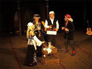Sluga la 2 stapani, Teatrul Masca
